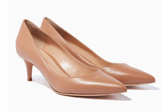 Gianvito Rossi - Beige Leather Point-Toe Pumps